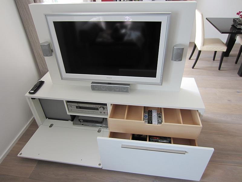 Design tv möbel glas  Schreinerei Eibl - Holzdesign